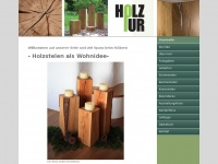 Holzpur stelen holzpur holzstelen als wohnidee for Holzklotz als beistelltisch