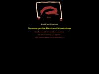Maler-chrobok.de - Karl-Karol Chrobok - Zusammengerollter Mensch und Schmetterlinge
