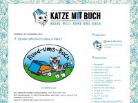 Katze mit Buch