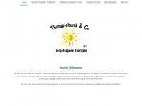 Therapiehund & Co - Therapiehund & Co, Therapiehunde Einsatz und Ausbildung