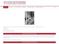 institut-kreditrecht.de
