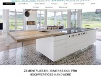 fliesen-holzmann.de