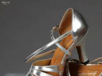 taubenweiss-tanzsportbedarf.de